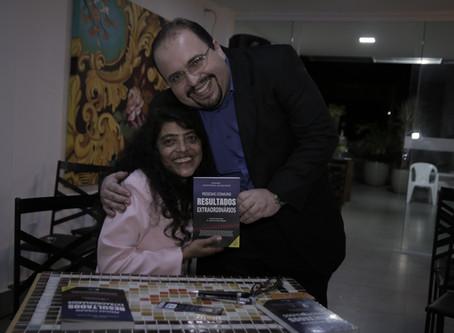 Lançamento do livro da UNISV em Manhuaçu MG