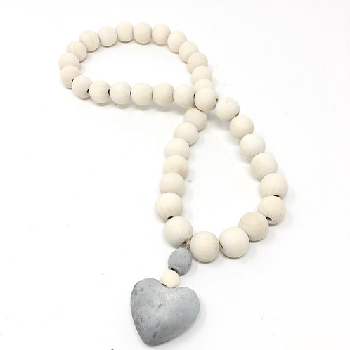 SMALL WOODEN BEADS WITH CONCRETE HEART