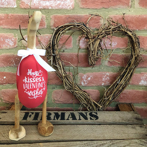 'Hugs, Kisses & Valentines Wishes' duck