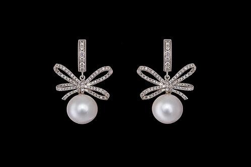 Náušnice MOON s diamanty a perly
