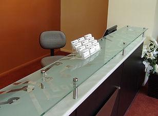 glass_counter_top_with_company_design_sa