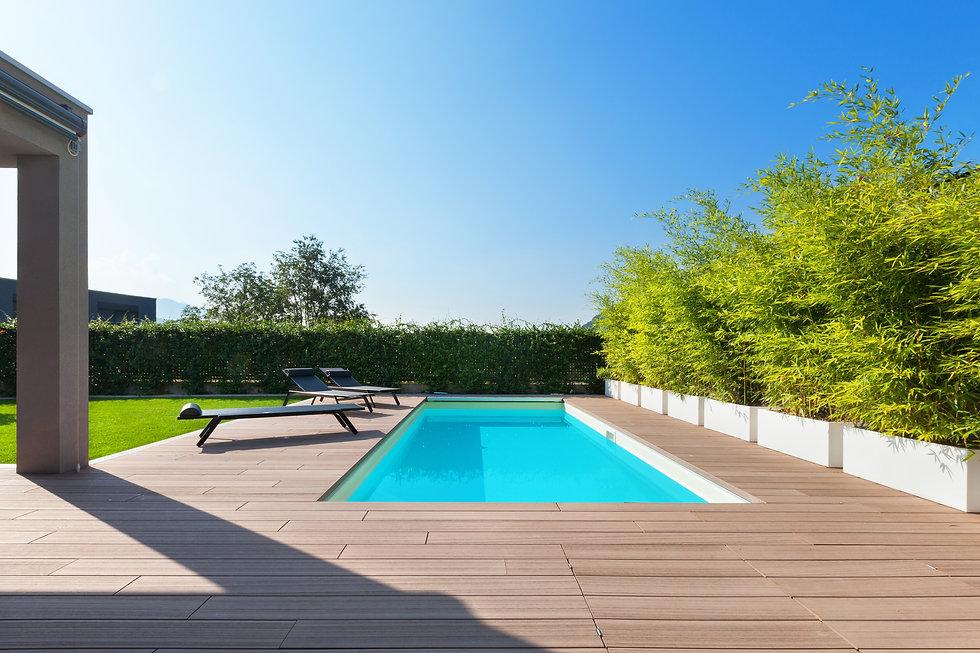 swimming pool design at modern residence.jpg
