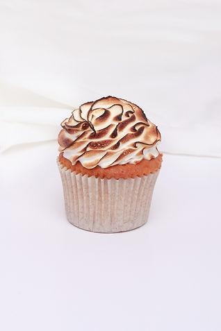 Lemon Meringue Cupcake.jpg
