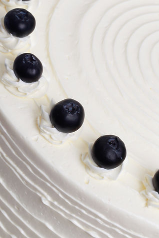 Blueberry and Elderflower Cake Close Up