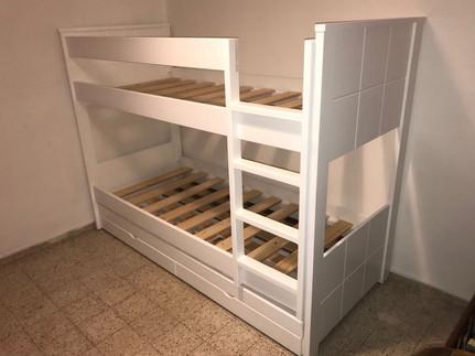מיטות קומתיים נגר12.jpg