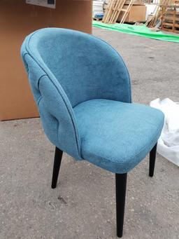 כסאות מרופדים136 - Copy.jpg