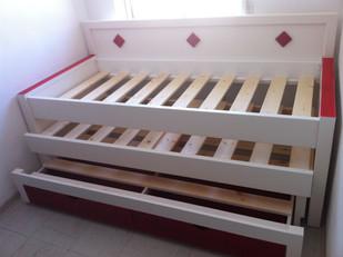 מיטות הייריזר-כפולה-משולשת20.JPG
