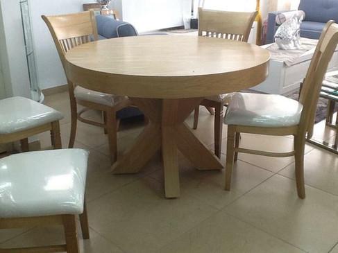 שולחן עגול נפתח (8).jpeg