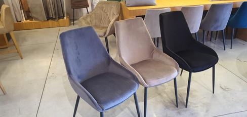כסא אאוטלט (1).jpeg