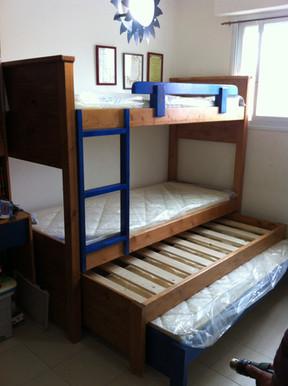 מיטות קומתיים נגר30.JPG