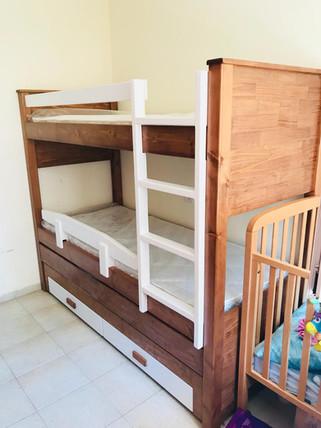 מיטות קומתיים נגר65.jpg