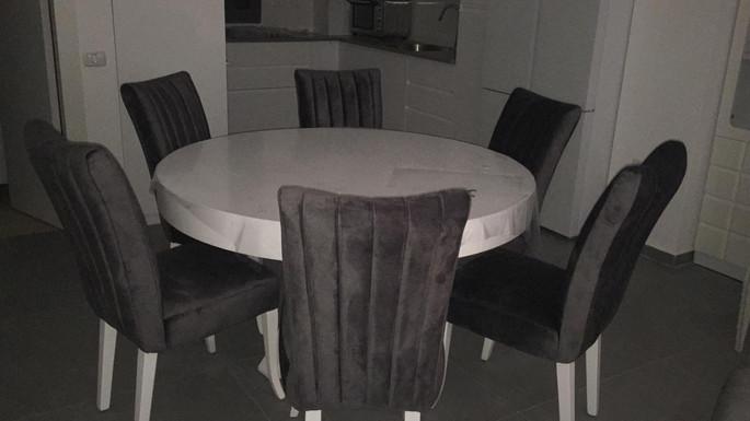 שולחן עגול נפתח (11).jpeg
