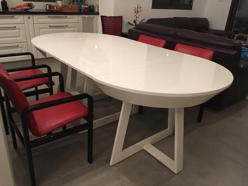 שולחן עגול נפתח (10).jpeg