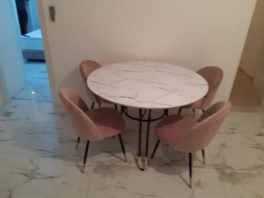 שולחן עגול נפתח (15).jpeg