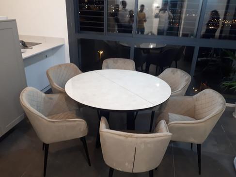 שולחן עגול נפתח (14).jpeg