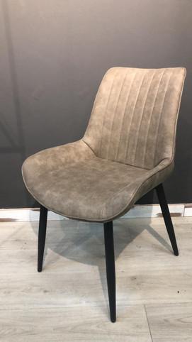 כסא אאוטלט (15).jpeg