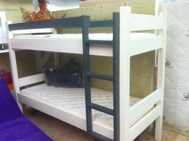 מיטות קומתיים נגר35.JPG