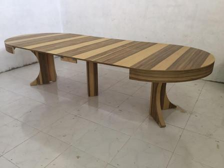 שולחן עגול נפתח (2).jpeg