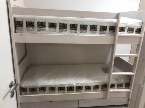 מיטות קומתיים נגר02.jpg