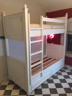 מיטות קומתיים נגר01.jpg