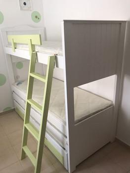מיטות קומתיים נגר10.jpg