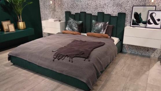מיטות מרופדות 215.jpeg