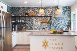 The Beach House - Venue with a full Kitchen - Oahu