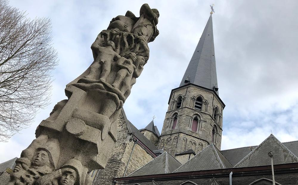 Standbeeld Karel Waeri Sint-Jacobskerk Gent