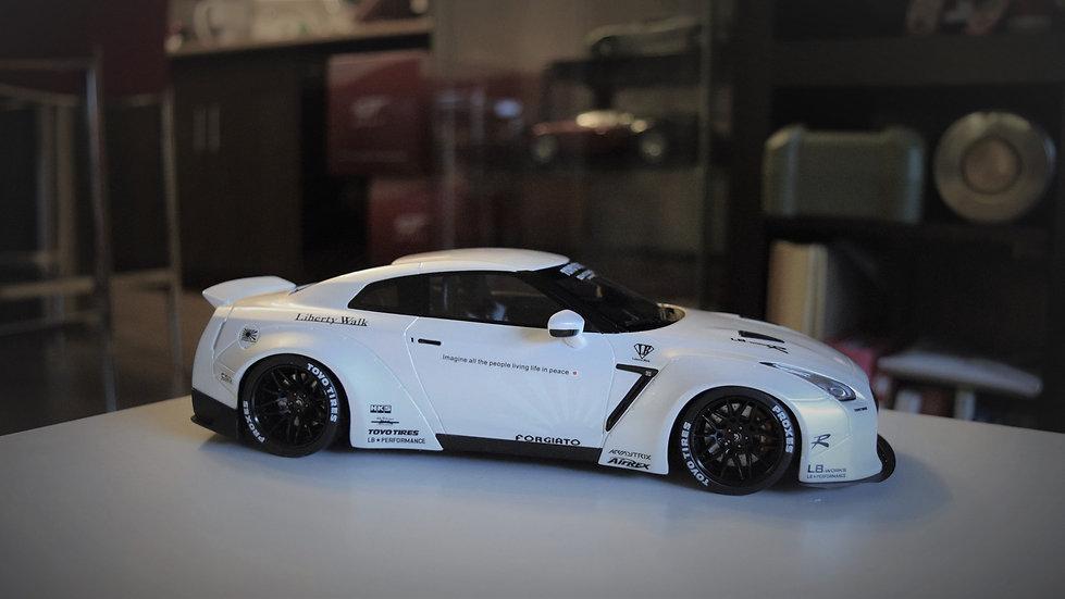 GT Spirit 1/18 LIBERTY WALK Nissan R35 GT-R - WHITE