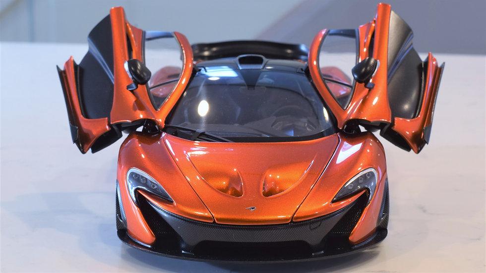1/18 AUTOart McLaren P1 - Volcano Orange