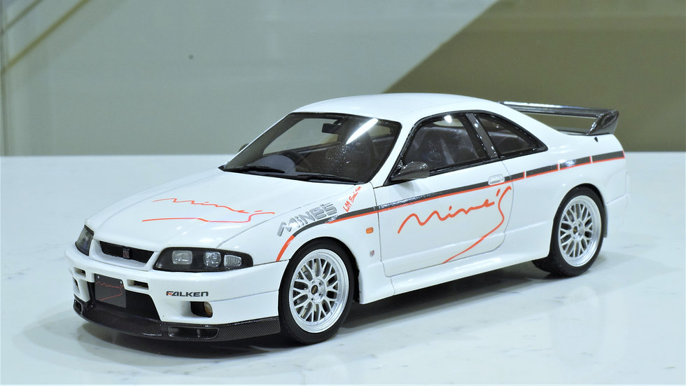 1/18 OTTOmobile Nissan Skyline MINE's R33 GT-R