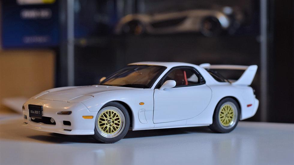 1/18 AUTOart Mazda RX-7 FD3S Tuned Version - Pure White