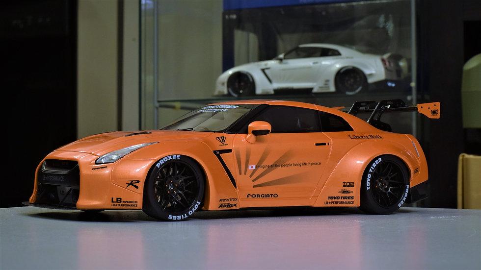 1/18 GT Spirit LIBERTY WALK Nissan GT-R R35 with GT Wing - ORANGE