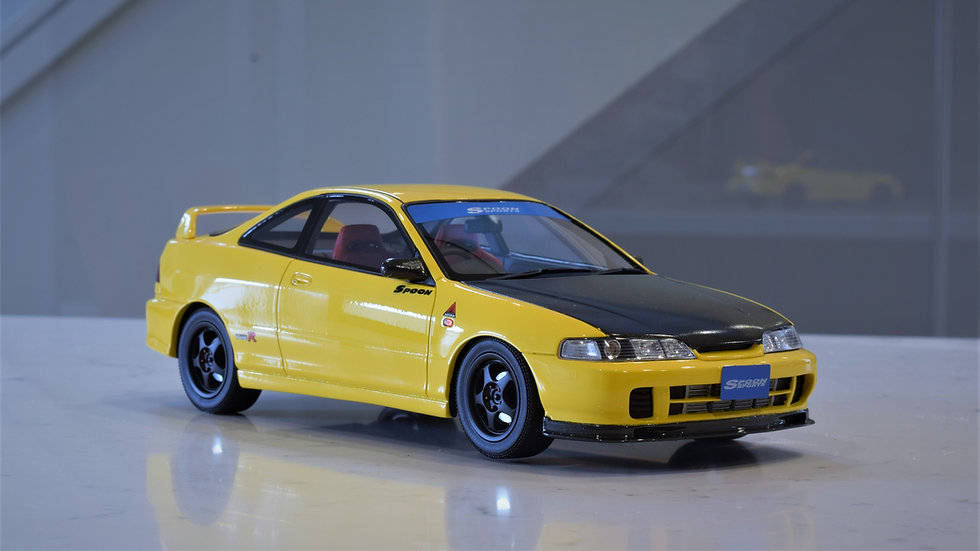 1/18 OTTO mobile - SPOON SPORTS Honda Integra Type R (DC2)