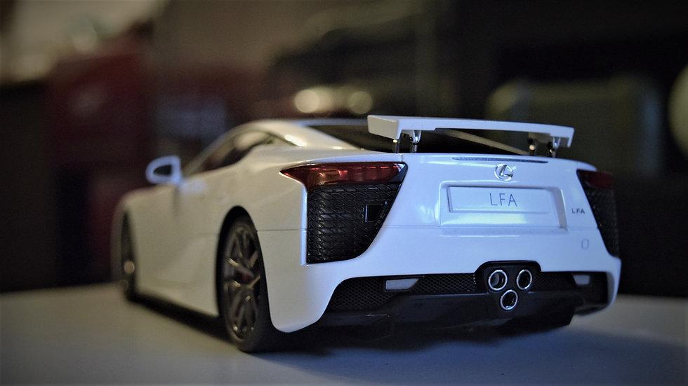 AUTOart 1/18 Lexus LFA - White