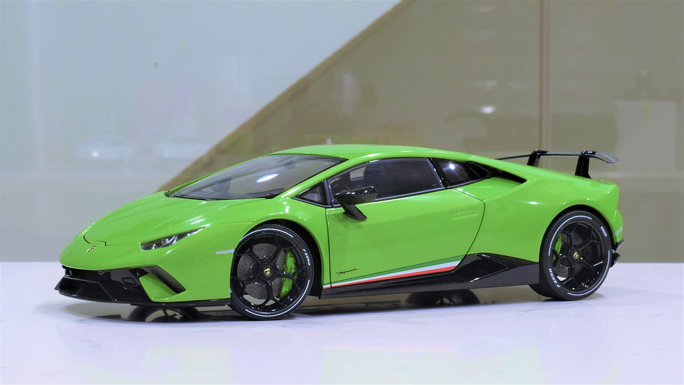 1/18 AUTOart - Lamborghini Huracan Performante - Pearl Green