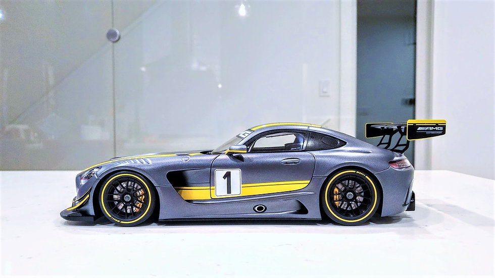 1/18 AUTOart AMG GT3 - Presentation Grey