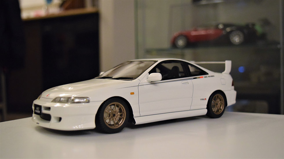 1/18 ONE MODEL - Mugen Honda Integra Type R (DC2) - Championship White
