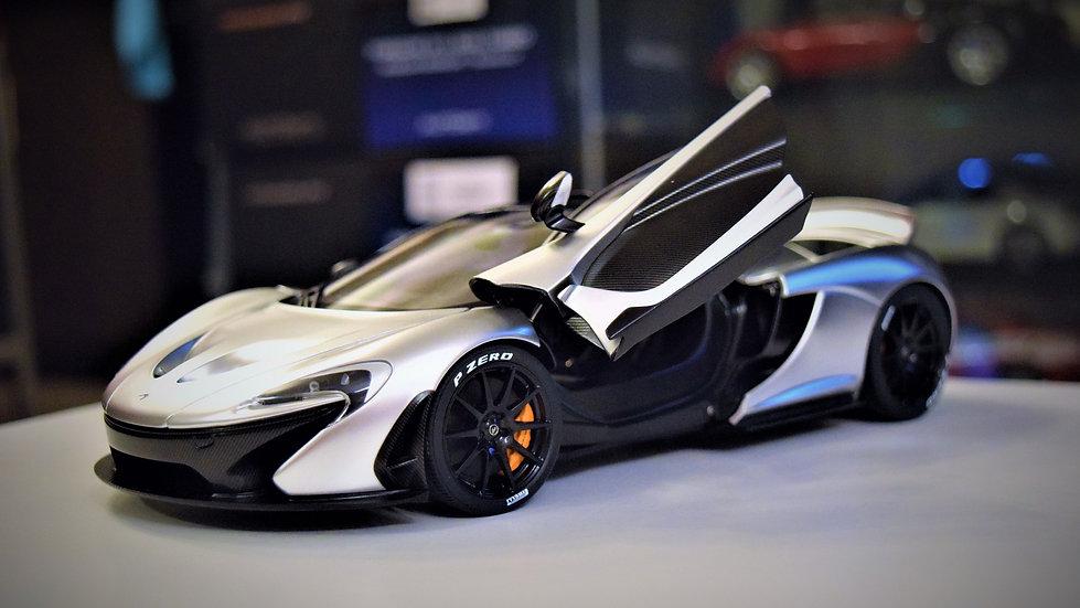 AUTOart 1/18 McLaren P1 - Matte Chrome