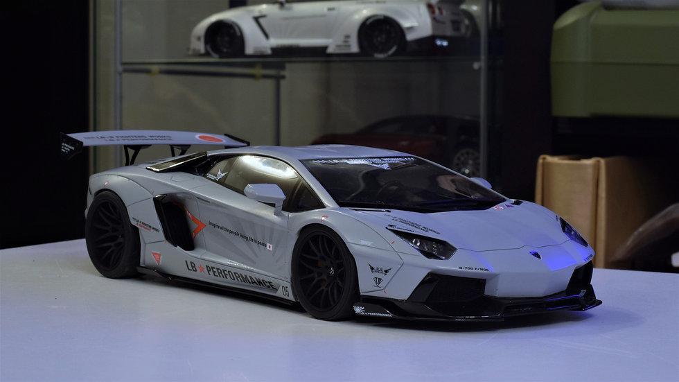 GT Spirit 1/18 LIBERTY WALK Lamborghini Aventador - Grey