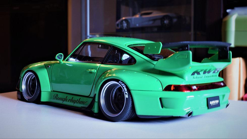 1/18 AUTOart RAUH-welt Begriff (RWB) Porsche 911 (993) - Green