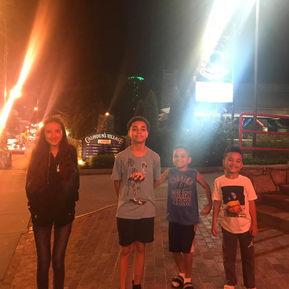Raising Noah Kids Hang