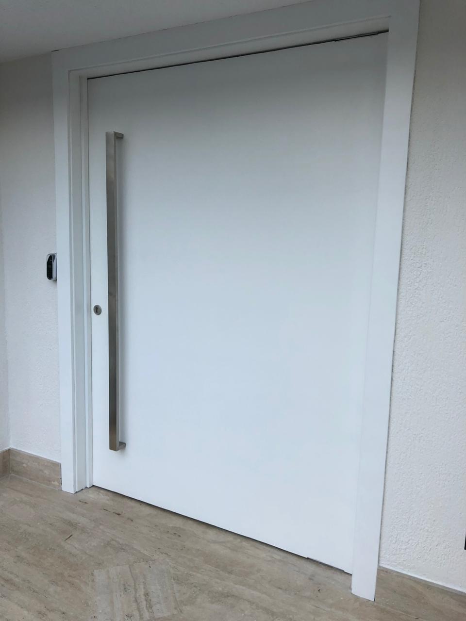Porta Blindada Pivotante Branca