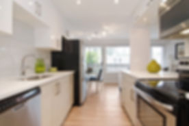 Modern Bright Kitchen Reovation