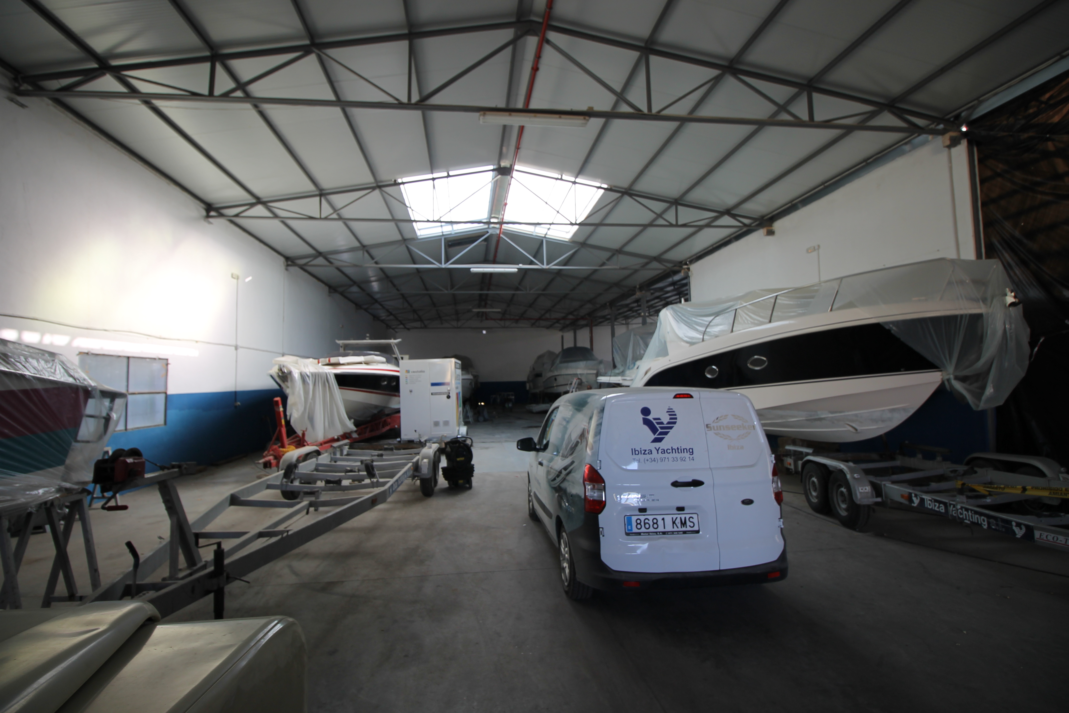 Ibiza Yachting Nave