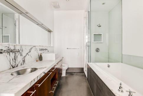 76 Madison bathroom 2.jpeg