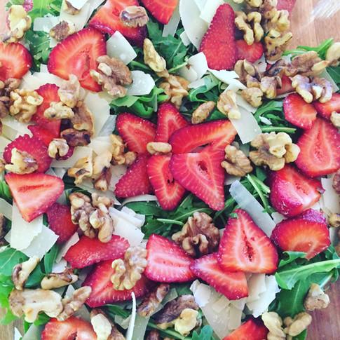 rocket strawberry salad.jpg