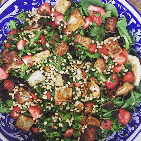 salad with halloumi.jpg