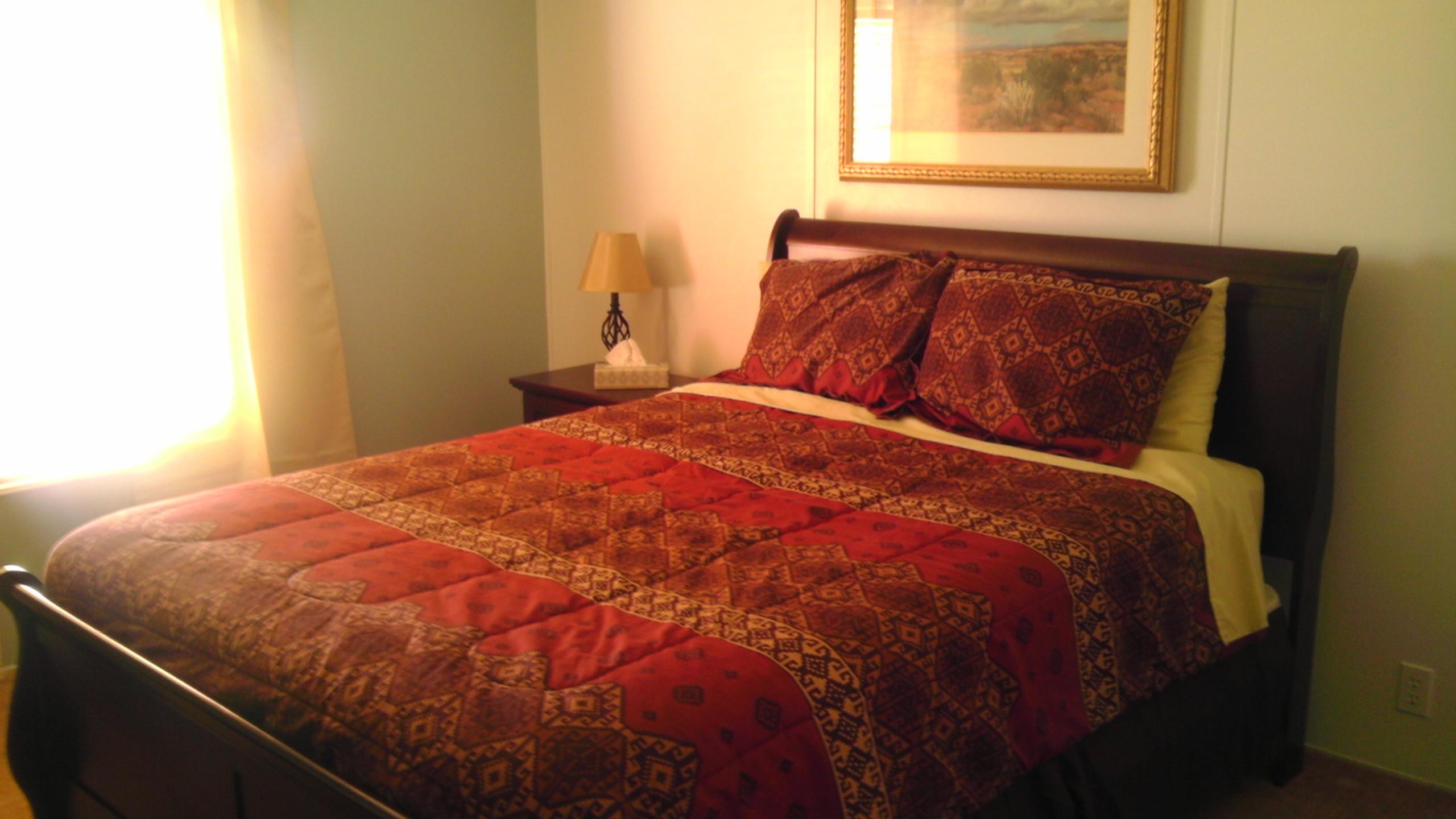 Casa de Gracia Queen Bedroom #1