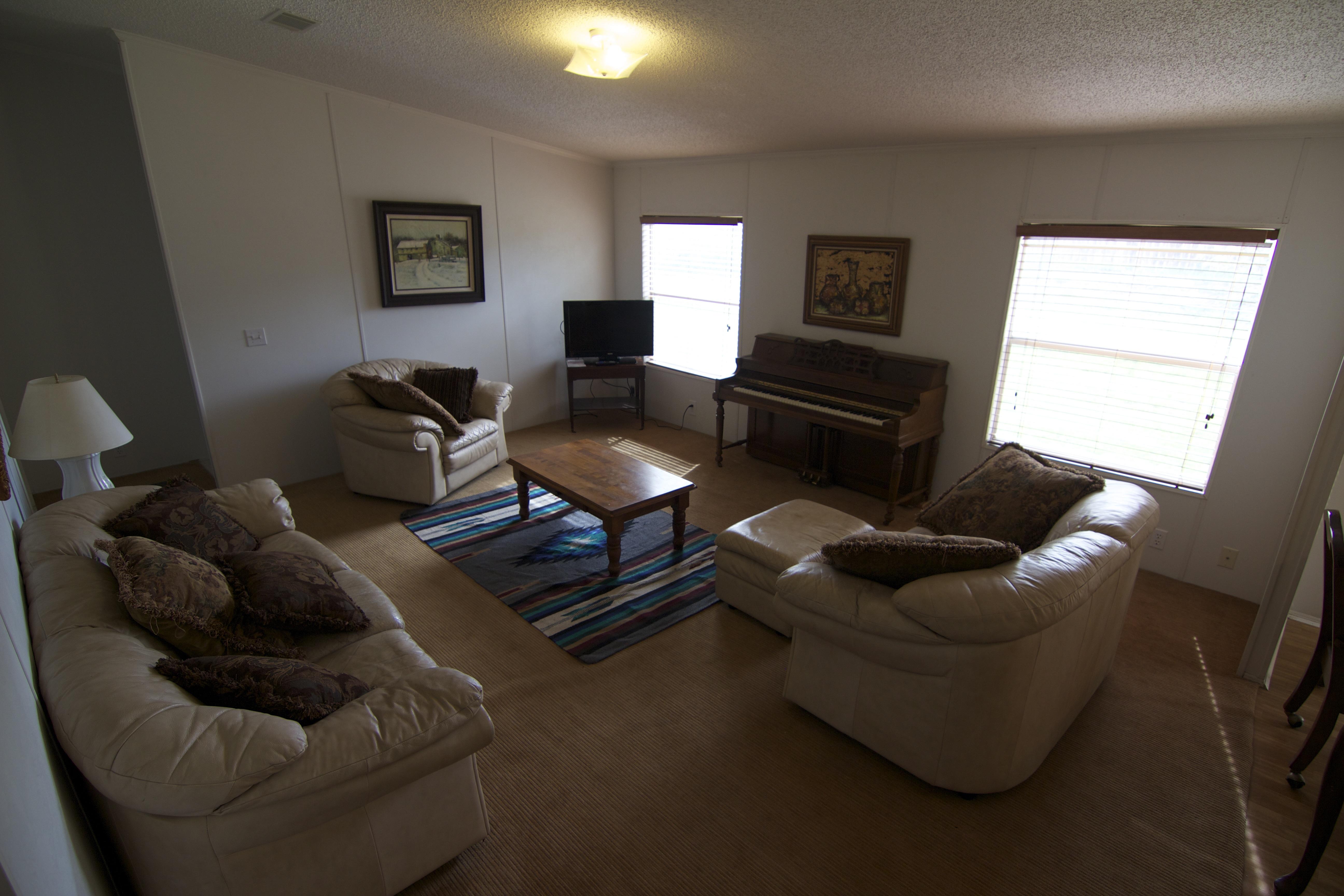 Casa de Gracia Full living room